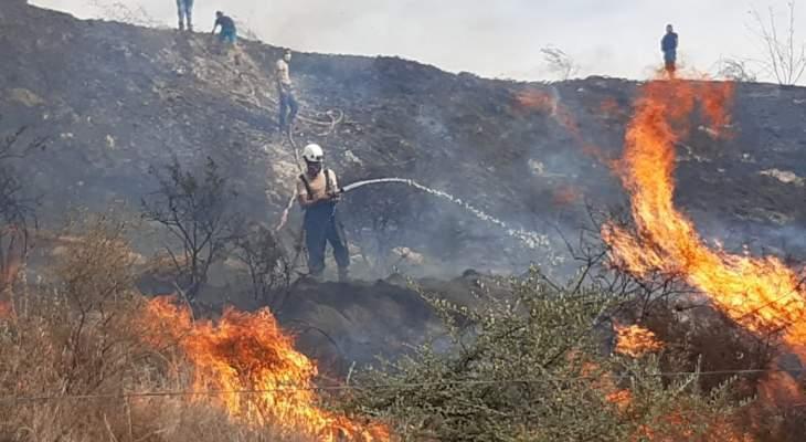 النشرة: حريق كبير اندلع في خراج بلدة حارة صيدا وحاصر عددا من الأبنية السكنية
