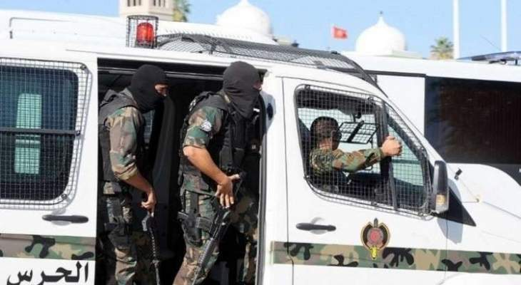 وسائل إعلام تونسية: انتحاري ثان لا يزال فارا وسط العاصمة تونس