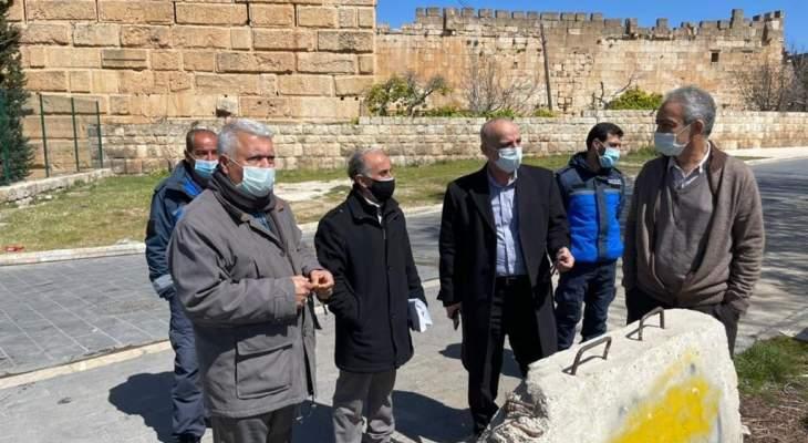 رئيس وأعضاء بلدبة بعلبك عاينوا إجراءات فتح طريق القلعة وإجراءاتها