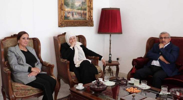 أسامة سعد يستقبل النائب بهية الحريري مع الوفد المرافق