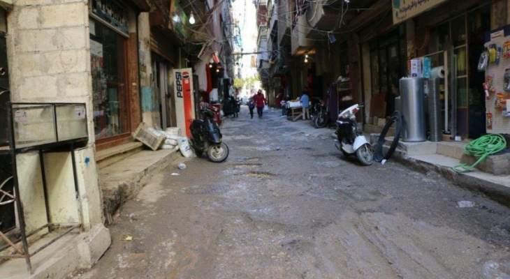 اضراب عام في مخيم البداوي احتجاجا على اجراءات وزارة العمل