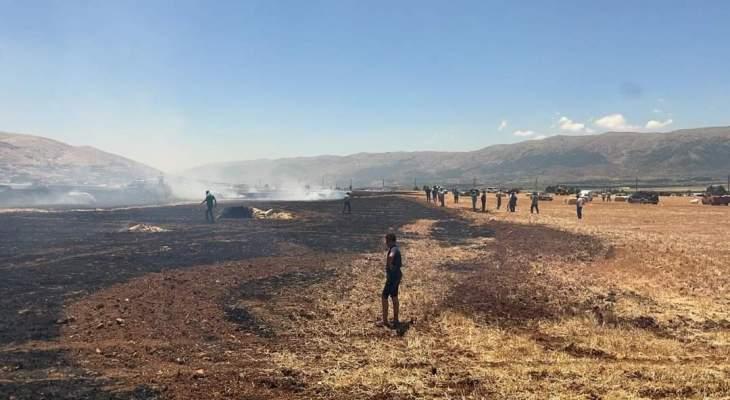 الدفاع المدني يعمل على إخماد حريق كبير في سهول القمح بين غزة وجي جنين