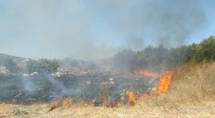 النشرة: حريق اعشاب في خراج بلدة الهبارية قضاء حاصبيا