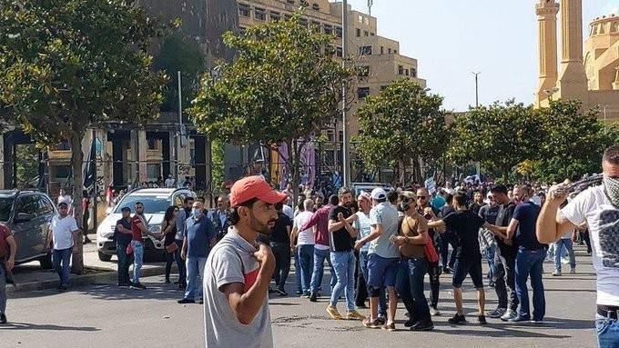 وصول تعزيزات للجيش اللبناني وقوة من مكافحة الشغب إلى جسر الرينغ لضبط الوضع