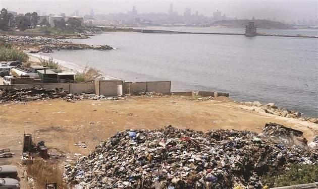 بلدية برج حمود: أعمال إزالة النفايات التي سببت الروائح أنجزت بالكامل
