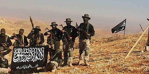 """النشرة: """"النصرة"""" بدأت هجمات مضادة منذ الصباح ضد مواقع الجيش السوري بادلب"""
