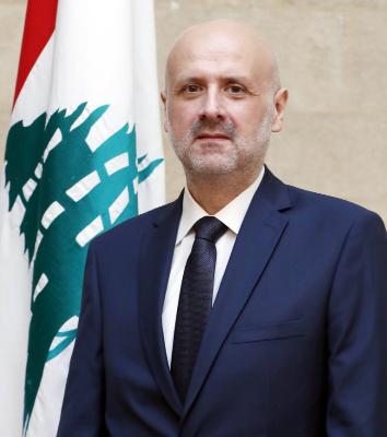 وزير الداخلية عرض  مع سفير بريطانيا العلاقات الثنائية بين البلدين
