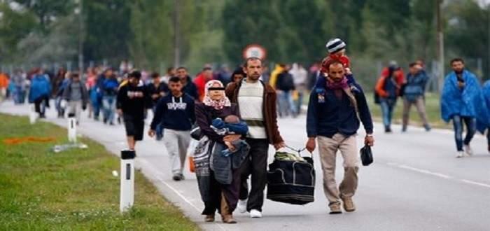 وزير الهجرة اليوناني: على تركيا وقف الابتزاز بملف المهاجرين