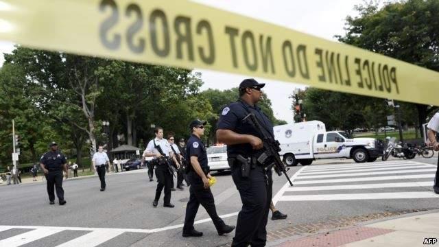 شرطي يطلق الرصاص في متجر بتكساس وسقوط جريح