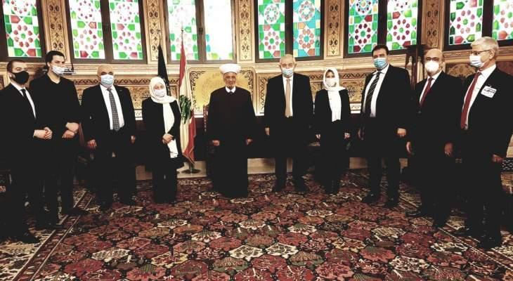 البعريني بعد لقاء دريان: الحريري ومنذ تكليفه عمل جاهداً للوصول إلى حكومة مهمة
