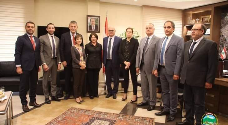 وكيلة الأمين العام للأمم المتحدة زارت بلدية برج حمود وجالت في اسواقها