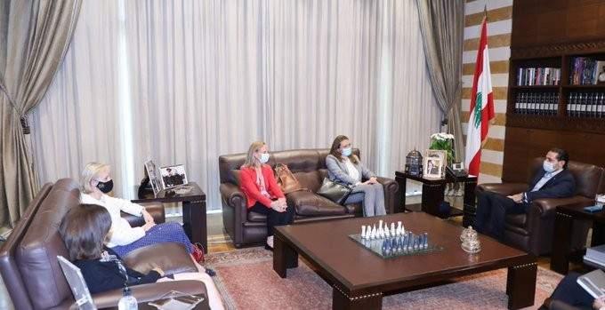 الحريري التقى سفراء كندا والسويد والدانمارك