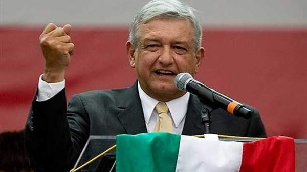 الرئيس المكسيكي: انقطاع الكهرباء عن حوالي 400 ألف شخص بسبب أحوال الطقس السيئة