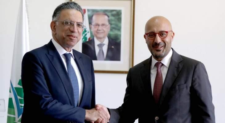 وزير البيئة ناصر ياسين تسلم الوزارة من قطار: سنعمل ضمن استراتيجية شاملة للتنمية المستدامة
