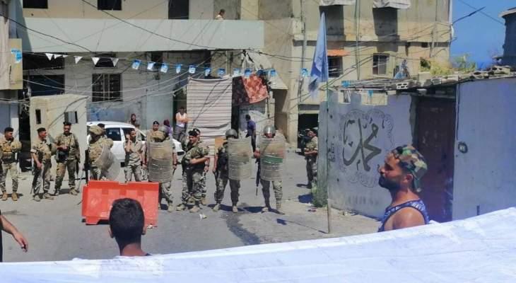 النشرة: إشكال عند مدخل مخيم المية والمية اثناء اقفال الطريق