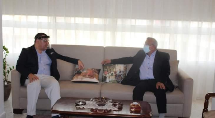 اسامة سعد التقى سفير مصر وتأكيد على اهمية التعاون العربي