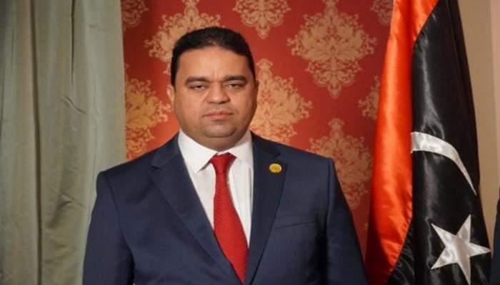 وزير العمل الليبي تعهد بتوفير تأمين صحي وضمانات مالية للعمالة المصرية