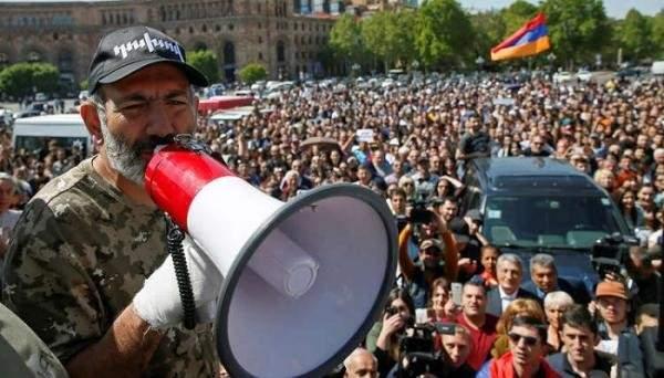 الشرطة الأرمينية: اعتقال 85 شخصا شاركوا في المسيرات الاحتجاجية في البلاد