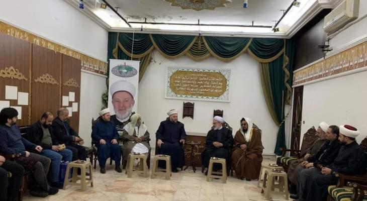 الشيخ جبري بعد لقائه وفداً من جامعة المصطفى: صفقة القرن تهدف لتصفية فلسطين