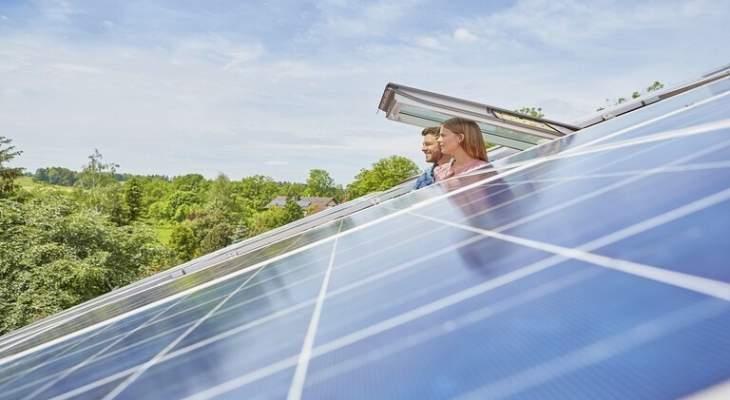 طريقة ثورية تخزّن الطاقة في النوافذ العادية لعقود