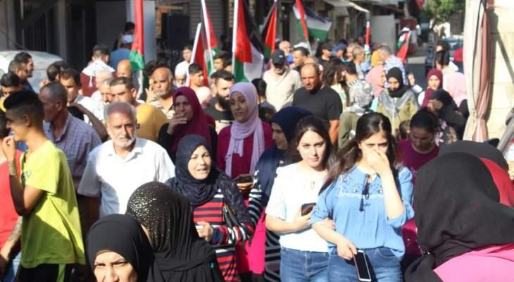 وقفة جماهيرية حاشدة بمخيم البص ضد مخطط الضم الإسرائيلي