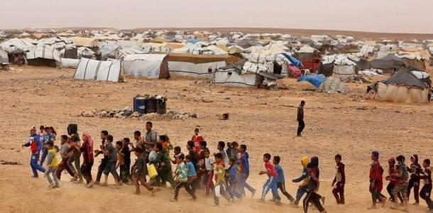"""منسق العملية السلمية بحمص: مسلحو """"داعش"""" يختبئون في مخيم الركبان"""