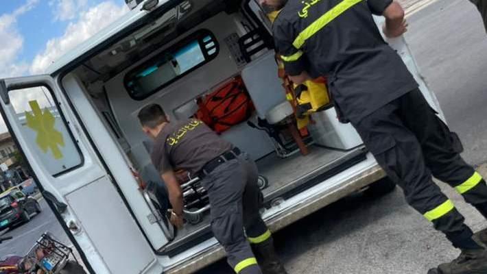 جريح جراء حادث سير على طريق المصنع الدولية في مجدل عنجر