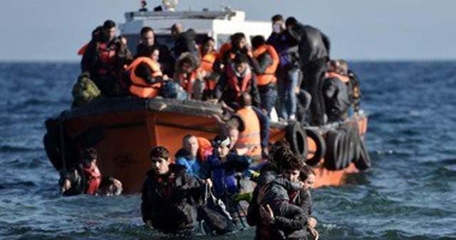الحكومة الايطالية الجديدة تسمح لسفينة إنقاذ بإنزال مهاجرين
