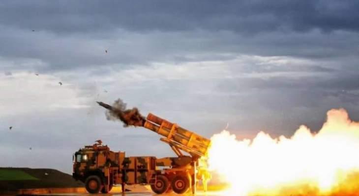 المرصد السوري: القوات التركية والجيش السوري تبادلا القصف الصاروخي بريف إدلب الجنوبي