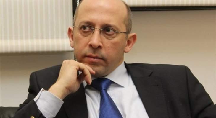ألان عون: رضينا بما قاله الحريري وسنأخذ كلامه بإيجابية لأنه أكد على التفاهم