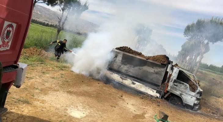 النشرة: الدفاع المدني أخمد حريقاً شب في صهريج نقل مادة المازوت في مكسة
