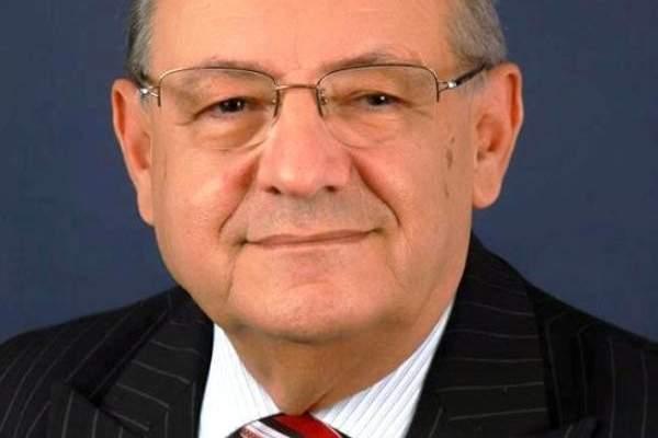 أبي نصر يتخوف من عمليات تجنيس للفلسطينيين خلافا للدستور خفضت أعدادهم