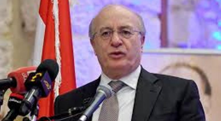 خوري: لا يمكن استخدام الفحص كحجة لعدم إحضار اللبنانيين من الخارج