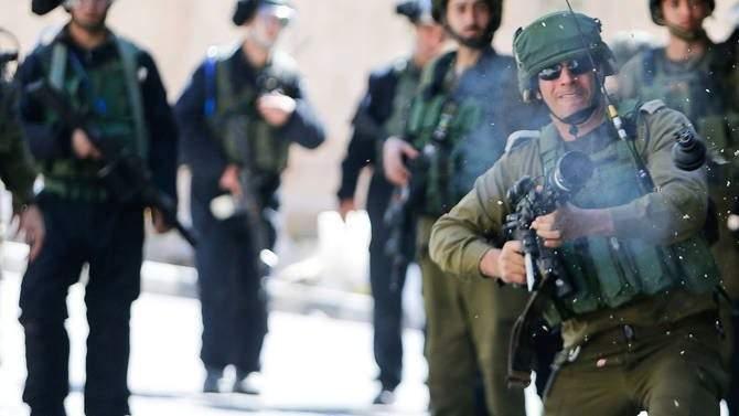 إصابة 57 فلسطينيا برصاص الجيش الإسرائيلي في مواجهات في الضفة وغزة