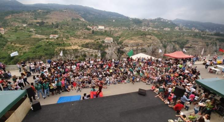 بلدية بشري والكشاف الماروني افتتحا مهرجان الطفل الأضخم على صعيد لبنان