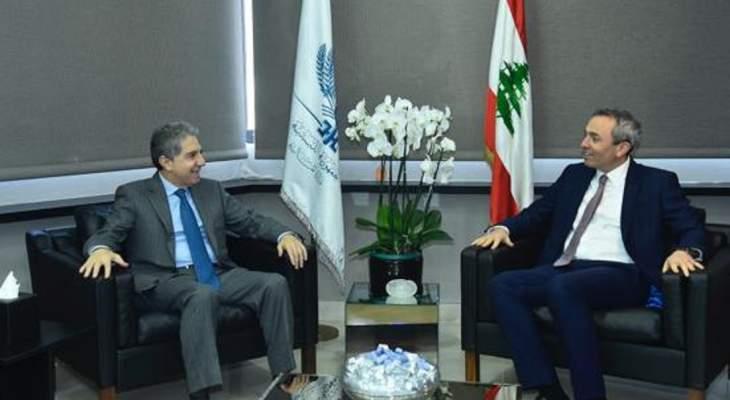 وزني استقبل رامبلينغ وناقش مع جمعية تجار بيروت استمرارية المؤسسات