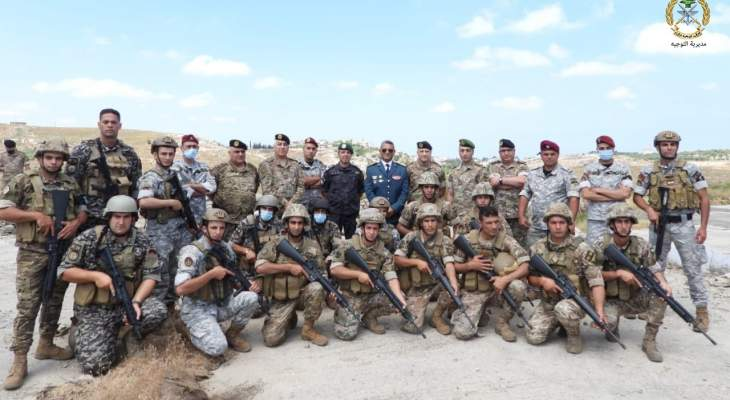 الجيش: تخريج عناصر من مختلف وحدات الجيش ومن أمن الدولة تابعوا دورات عدة