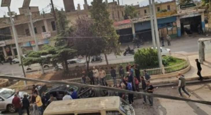 النشرة: اشتباكات بالشراونة بين مسلحين والقوة الضاربة بالجيش بعد توقيف احد المطلوبين