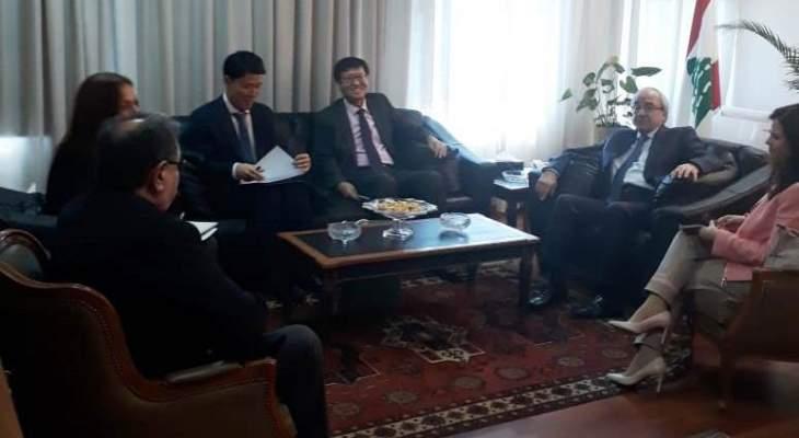 وزير العدل التقى سفيري كوريا وسري لانكا وجورج عطية