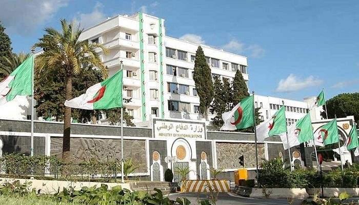 الدفاع الجزائرية: تفكيك شبكة إرهابية تابعة لداعش شمال البلاد