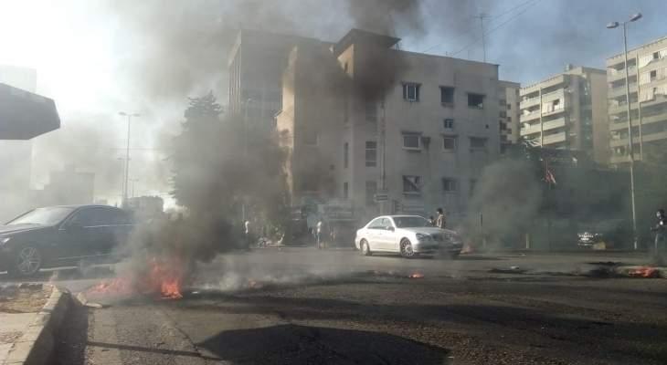 النشرة: الجيش اللبناني يعمل على اعادة فتح الطريق وسط تقاطع ايليا في صيدا