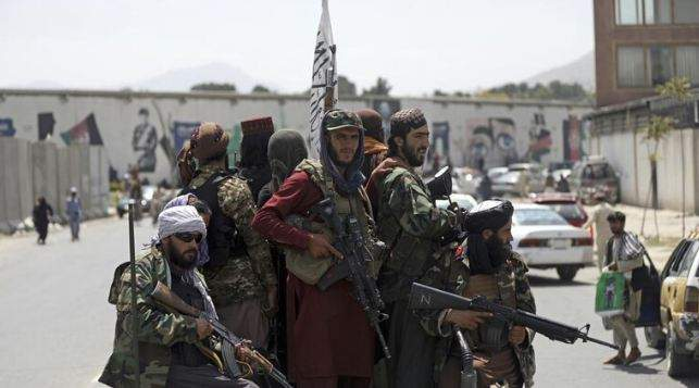 """وسائل إعلام باكستانية: رئيس الاستخبارات يزور كابل بدعوة من """"طالبان"""""""