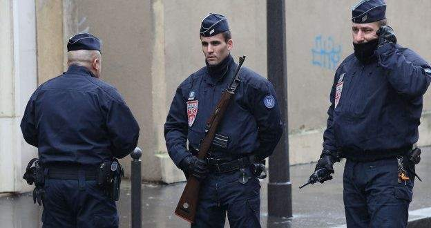 الشرطة الفرنسية تعلن توقيف المشتبه في تنفيذه عملية الطعن داخل أحد مدارس مارسيليا