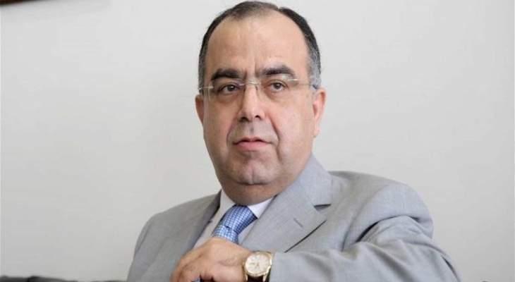 عبد المنعم يوسف: الأخبار حول انقطاع اﻻنترنت نتيجة المشاكل المتعلقة بتحويلات الدوﻻر غير صحيحة