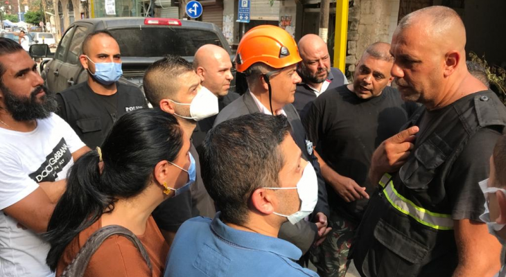 المحافظ عبود أشرف على عمليات البحث عن شخصين تحت انقاض مبنى مهدم في مارمخايل