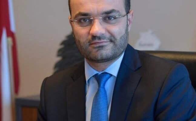 الوزير محمد داود رفع السرية المصرفية عن حساباته