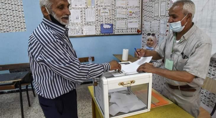 فتح مراكز الاقتراع في أول انتخابات تشريعية في الجزائر منذ بدء الحراك