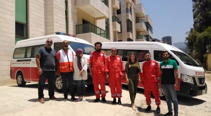 مستشفى الهمشري يتسلم سيارتي إسعاف من لجنة الحوار الفلسطيني اللبناني