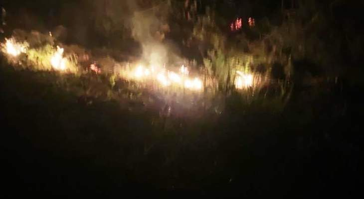الدفاع المدني: إخماد حريق محول كهربائي في بيت الكيكو وآخر شب بأشجار في راس الجبل