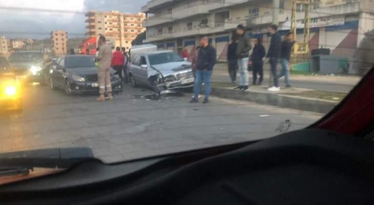 النشرة: 4 جرحى جراء حادث سير على طريق الزهراني زفتا